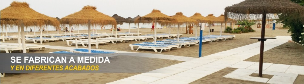 Pasarelas de hormigón blanco para pasillos de playas o piscinas.
